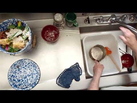 Lloyd Kahn's Dish Washing Method