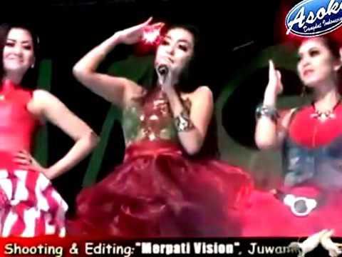 Pusing Pala Berby - Elsa Safira - New Pallapa Live in Hulaan Menganti 2015