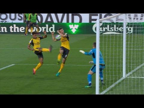 Arsenal beats Burnley on late score