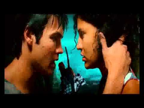 Steven R. McQueen kisses Jessica Szohr Piranha 3D