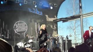 Haloo Helsinki- Vapaus käteen jää live @ Linnanmäki, Helsinki 28.4.2013.
