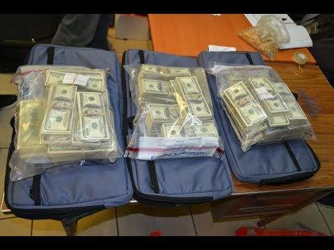 Panama Police Find $7.2M Cash In Airport Luggage