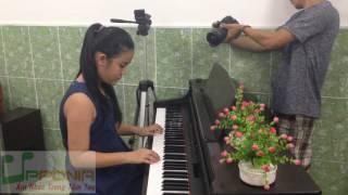 Lớp Piano Trẻ Em - Thanh Mai - Hãy Nhanh tay & Ra Chơi Vườn Hoa [TT Âm Nhạc Upponia - Tự Học Piano]