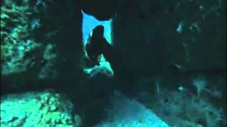 Estructuras Sumergidas de la Isla de Yonaguni Parte 1 - 与那国島水中構造1