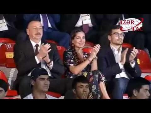 Prezident İlham Əliyev boks yarışlarının final görüşünə baxıb