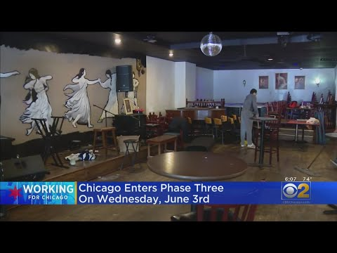 Chicago Restaurants Get Ready For Phase 3