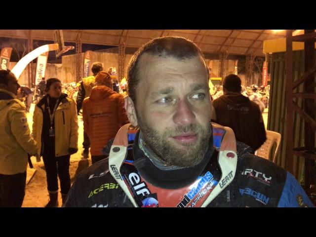 Laurent Lazard llega muy dolorido a Uyuni - Dakar 2017