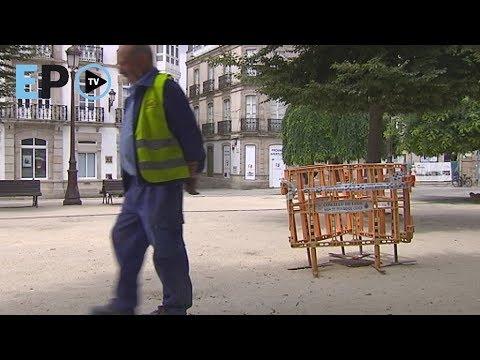 La Praza Maior de Lugo sufre los desperfectos del abandono