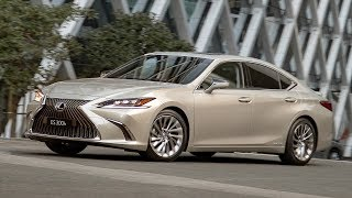 2019 Lexus ES 300h | Moonbeam Beige Metallic | Driving, Interior, Exterior (Australia)