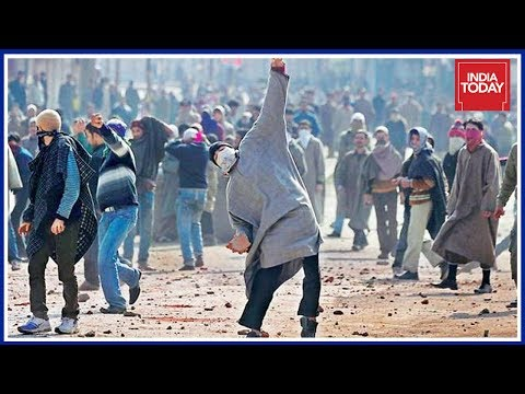 Army Comes Up With A New Plan To Deradicalise Stone Pelters