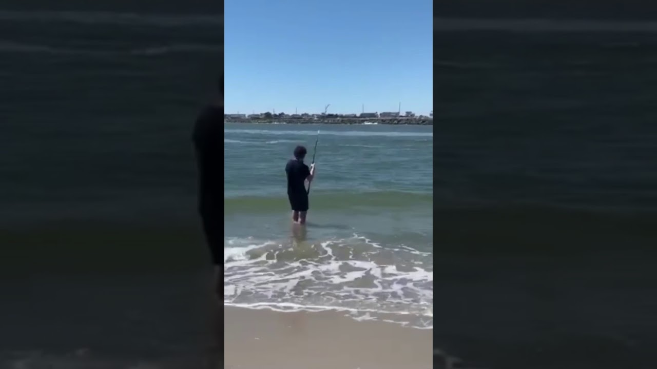Surf fishing at Townsends inlet Sea isle Nj - YouTube