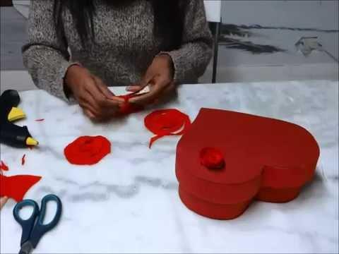 Manualidades Caja De Corazon Con Rosas Feliz San Valentin