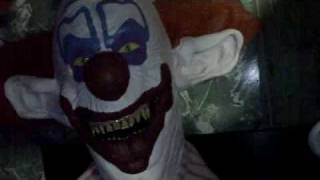 Killer klowns from outer space mask and prop collection !