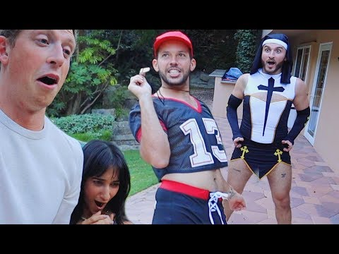 TRYING ON THE HOTTEST HALLOWEEN COSTUMES!!