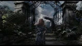 Алиса в стране чудес (2010) дублированный трейлер