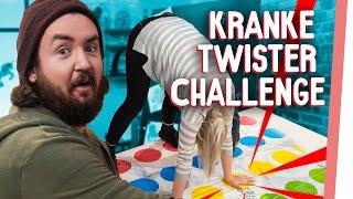 TWISTER Challenge | Ziehen Kelly & Sturmwaffel blank?? | GMI
