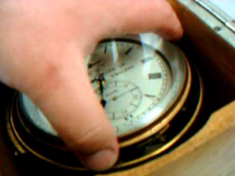 WWII ERA THOMAS MERCER MARINE / SHIP CHRONOMETER CLOCK (video 3)