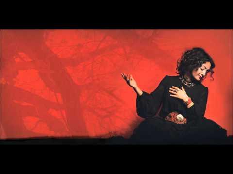 Özlem Taner - Lamekandan İçeri [Kızılbaş © 2009 Kalan Müzik ]