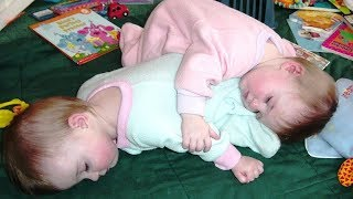 BEST FUNNY Try Not To Laugh: Best Funny Twin Babies   Funny Vines Compilation