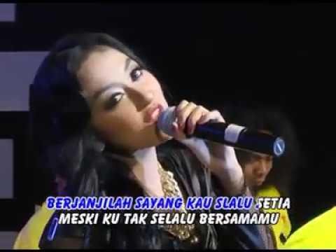 Elsa Safira - Selimut Tetangga (Official Music Video)