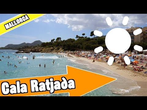 Cala Ratjada Mallorca Spain:  Strand, Hafen und Meer