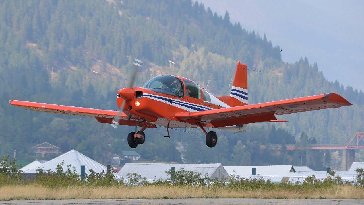 Grumman American AA-5 Traveler Landing