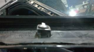 Ford Explorer замена лобового стекла (демонтаж накладок)