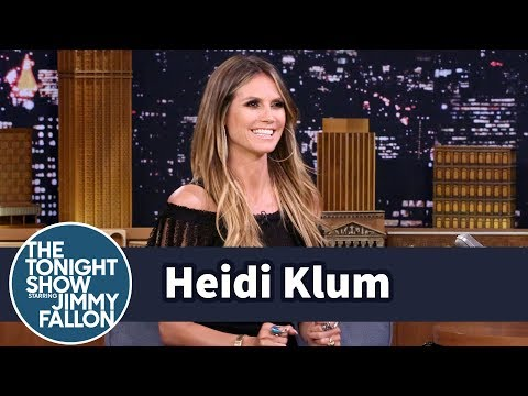 Thumbnail: Heidi Klum and Tyra Banks Turn America's Got Talent into a Victoria's Secret Reunion