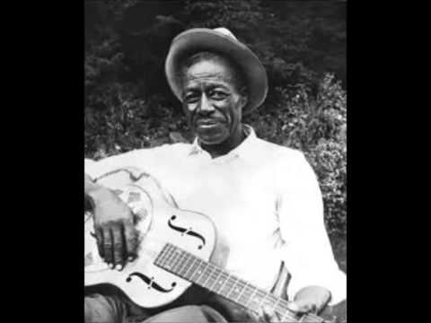 SON HOUSE  AND  ALAN WILSON- LEVEE CAMP ROAN  (1965)