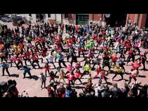 Bollywood Dance Flash Mob - Canada's National Ballet School - International Dance Day