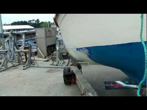 Quel ponceuse pour poncer une coque de bateau