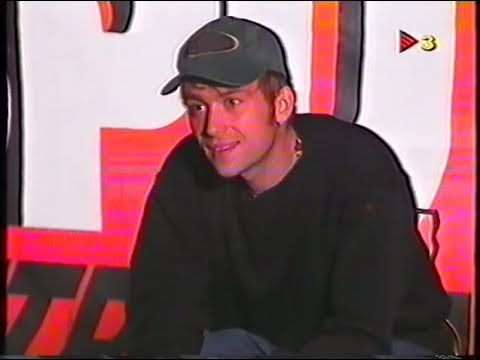 Blur at Doctor Music Festival 1996 - Damon interview and Girls & Boys live