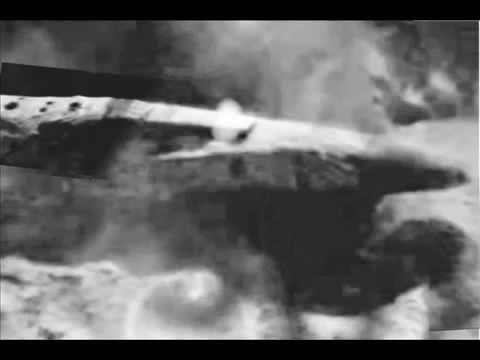 ALIEN SPACESHIP ON THE MOON - YouTube