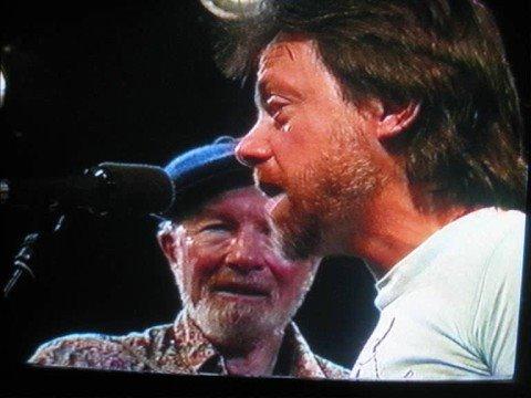 Pete Seeger and Lillebjørn Nilsen singing