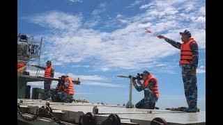 Tàu chiến nước ngoài đi vào lãnh hải của Việt Nam thì Hải quân ta có được quyền nổ súng không?