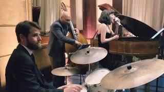 My Way por Melina Vaz e trio