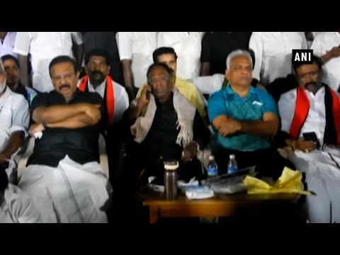 Puducherry CM, ministers sleep outside Kiran Bedi's residence in protest Mp3