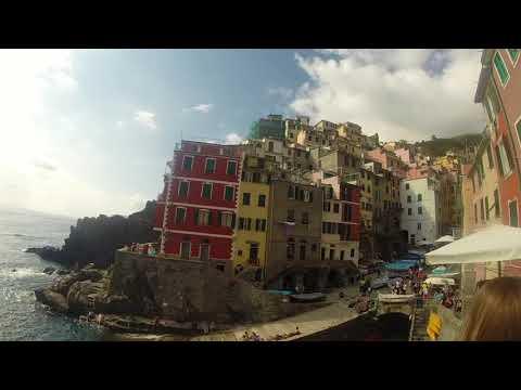 WOW air travel guide application - La Spezia, Italy