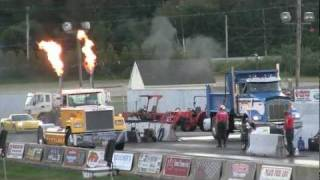 My Peterbilt is faster than your honda, Big Rig Drag Race with FIRE!