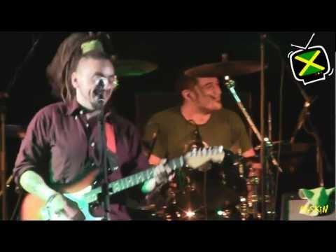 [1215/] Radici Nel Cemento - Sognando Jamaica - Live @ Ex Carcere S. Francesco - 18-5-2011
