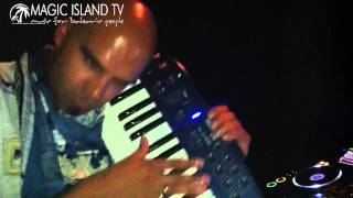 Roger Shah at Gorgomish - Vancouver, Canada Official Video Report