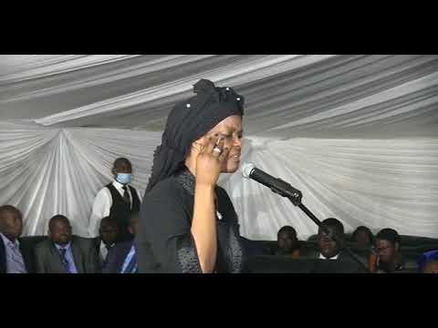 Grace Mugabe shows love for ED Mnangagwa said we are friends