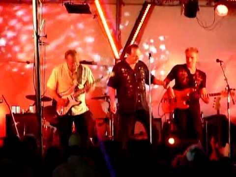 Downchild Blues Band 'I Need A Hat'