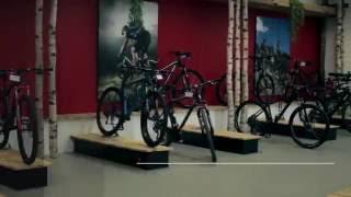 Завод CUBE Bikes  в Германия. Как делают велосипеды.(CUBE — немецкая компания, производитель и поставщик велосипедов и аксессуаров. Видео о баварском заводе..., 2016-08-08T19:02:51.000Z)