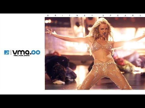 Britney Spears - Satisfaction / Oops!... I Did It Again (Live From 2000 Video Music Awards)