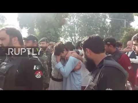 Pakistan: Nine dead as gunmen storm Peshawar college