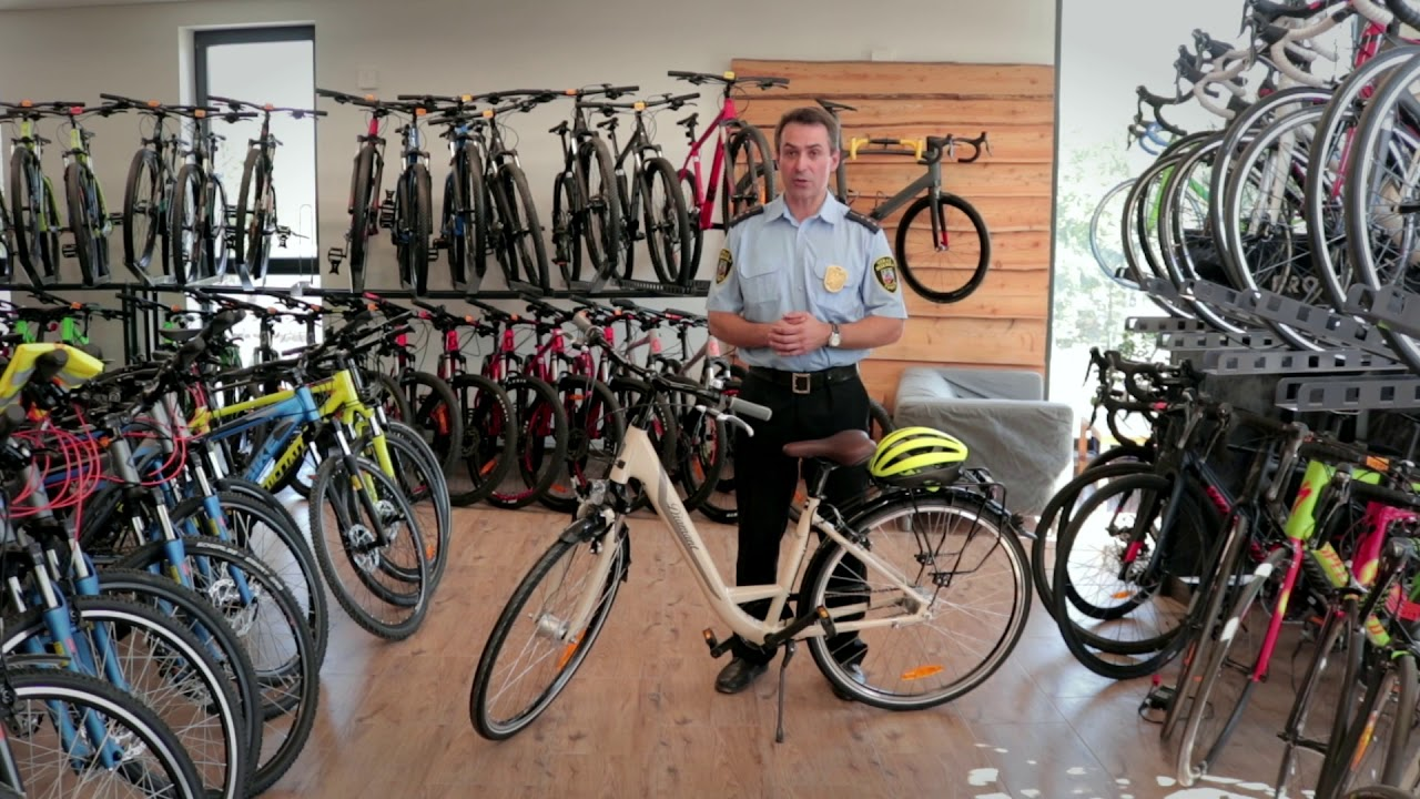 Bezpieczne dwa kółka – wyposażenie roweru