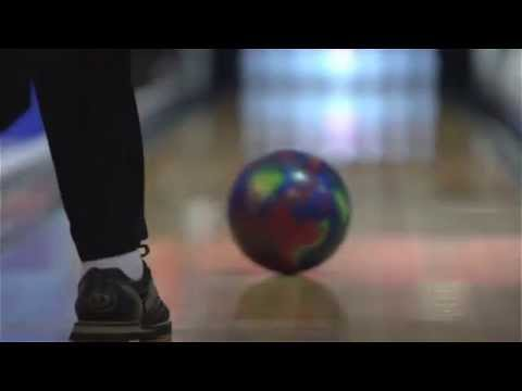 2014 QubicaAMF Bowling World Cup - Video of the various styles from male bowlers