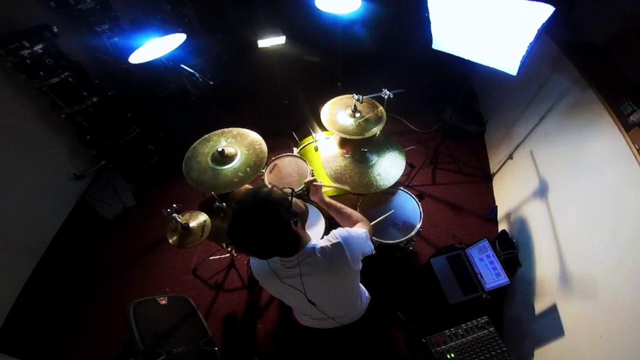 Download stefanondrums | Gonna Do Me - Drumcover @ Tony Royster Jr ©