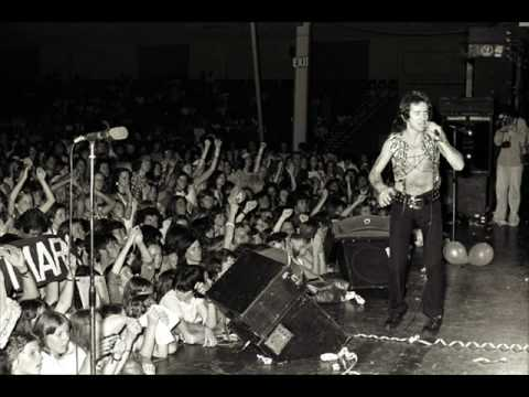 AC/DC The Jack ( Original Raunchy Lyrics ) 4 12 76 1976